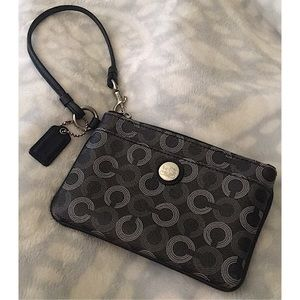 🆕 Coach Signature Madison Dotted Wristlet